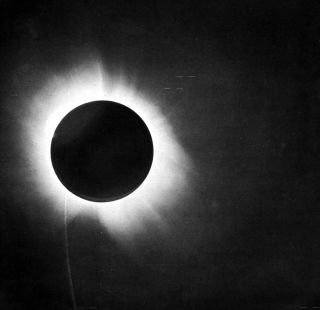 The May 29 total solar eclipse in 1919.