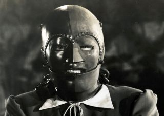 man in the iron mask movie still