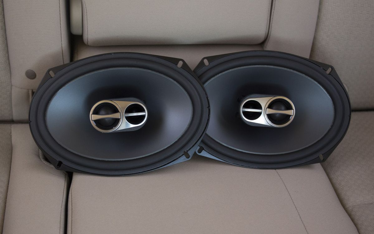 Best Car Speakers 2019 - Sound Quality, Power Handling Tests
