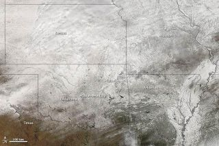 southern-us-snow-110211-02