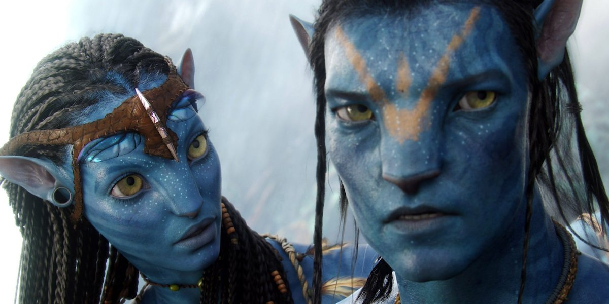 Two Na'vi from Avatar.