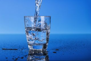 The chemical used to fluoridate water contains small amounts of arsenic, research shows.
