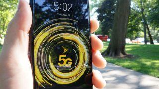 Sprint 5G logo on LG V50