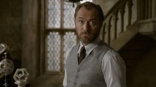 Jude Law in Fantastic Beasts: The Crimes of Grindewald