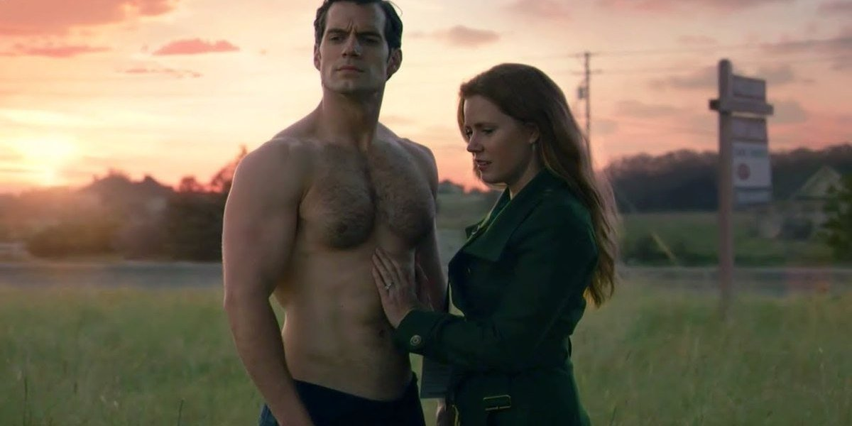 Henry Cavill and Amy Adams as Clark Kent and Lois Lane in Justice League