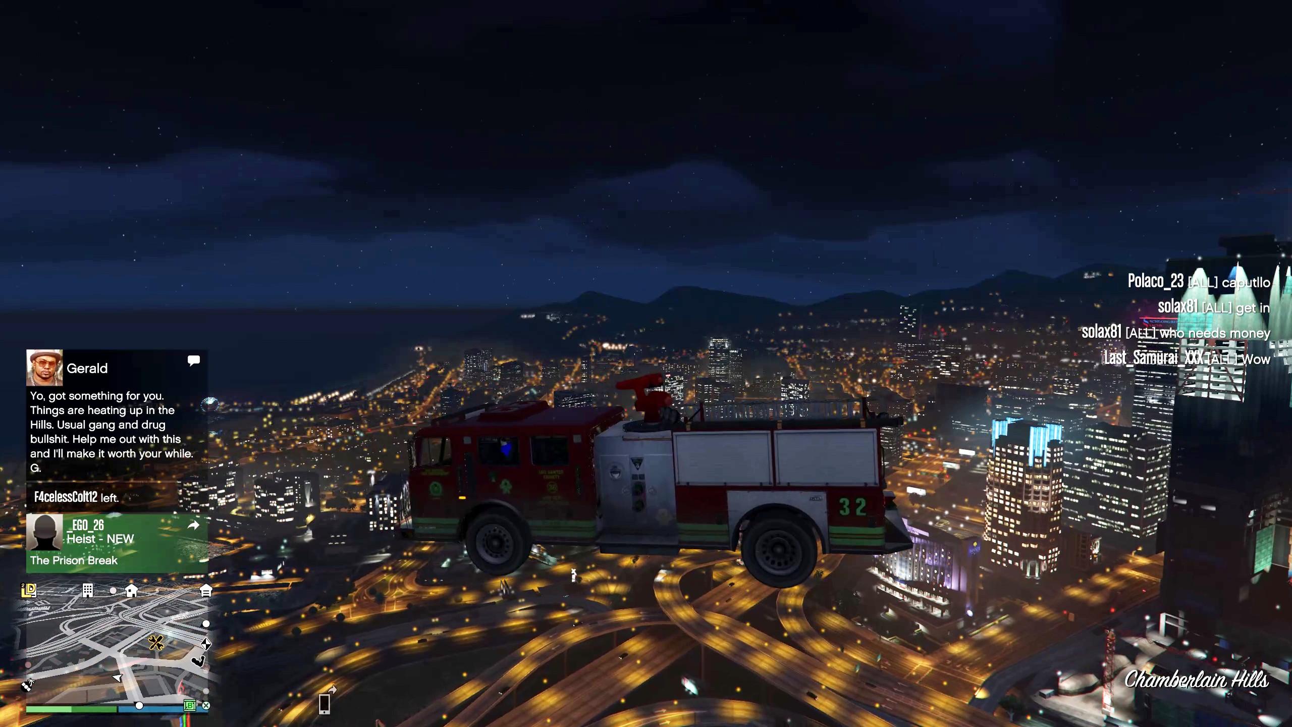 Regarde, un camion de pompiers volant