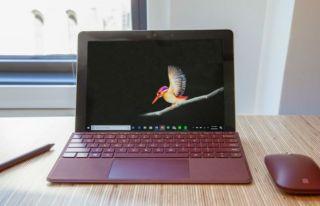 La mejor computadora portátil 2 en 1: Microsoft Surface Go