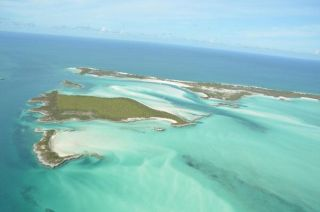 Alligator Cay, Narrow Water Cay and Warderick Wells, Exuma Cays Land and Sea Park