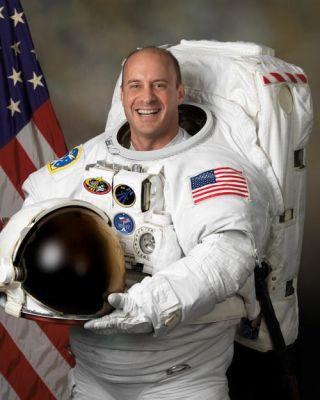 Astronaut Biography: Garrett E. Reisman