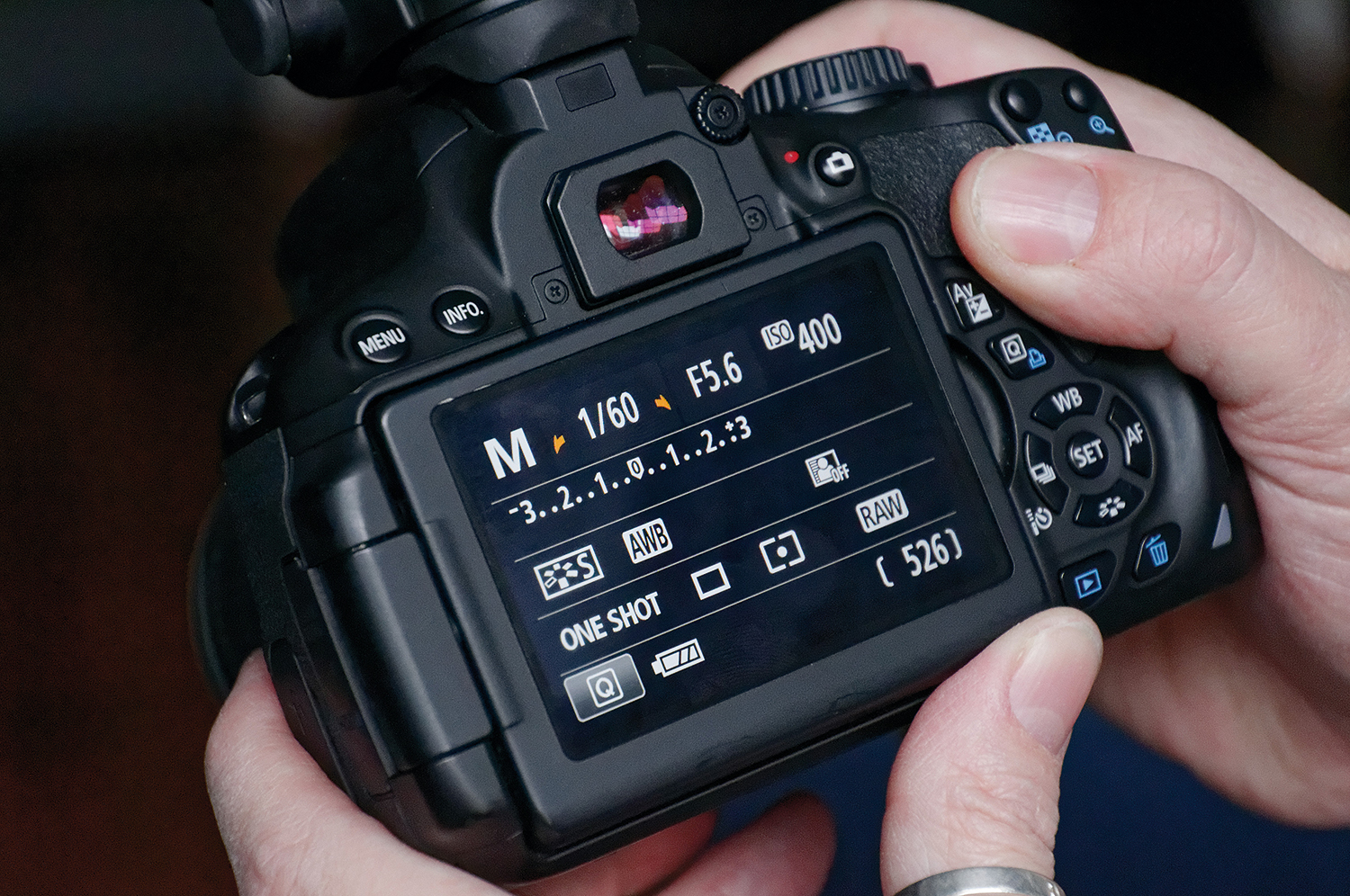 Bounce flash: tips to achieve natural lighting with a flashgun | Digital Camera World