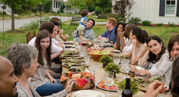 walking dead family dinner alexandria