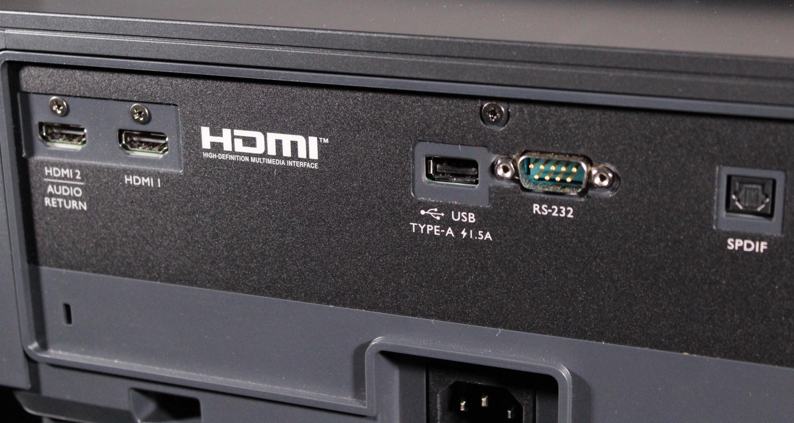 BenQ V6050 UST projector