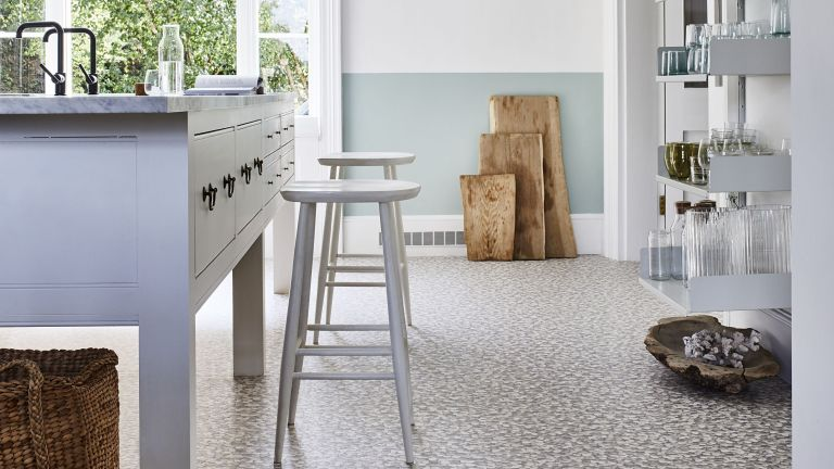 Find Out How To Choose Vinyl Flooring Perfect For Practical Areas