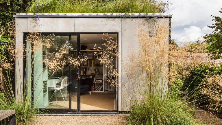 Garden Shed - office. Elmthorpe Road, Oxford, United Kingdom