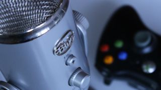 Blue yeti with xbox controller