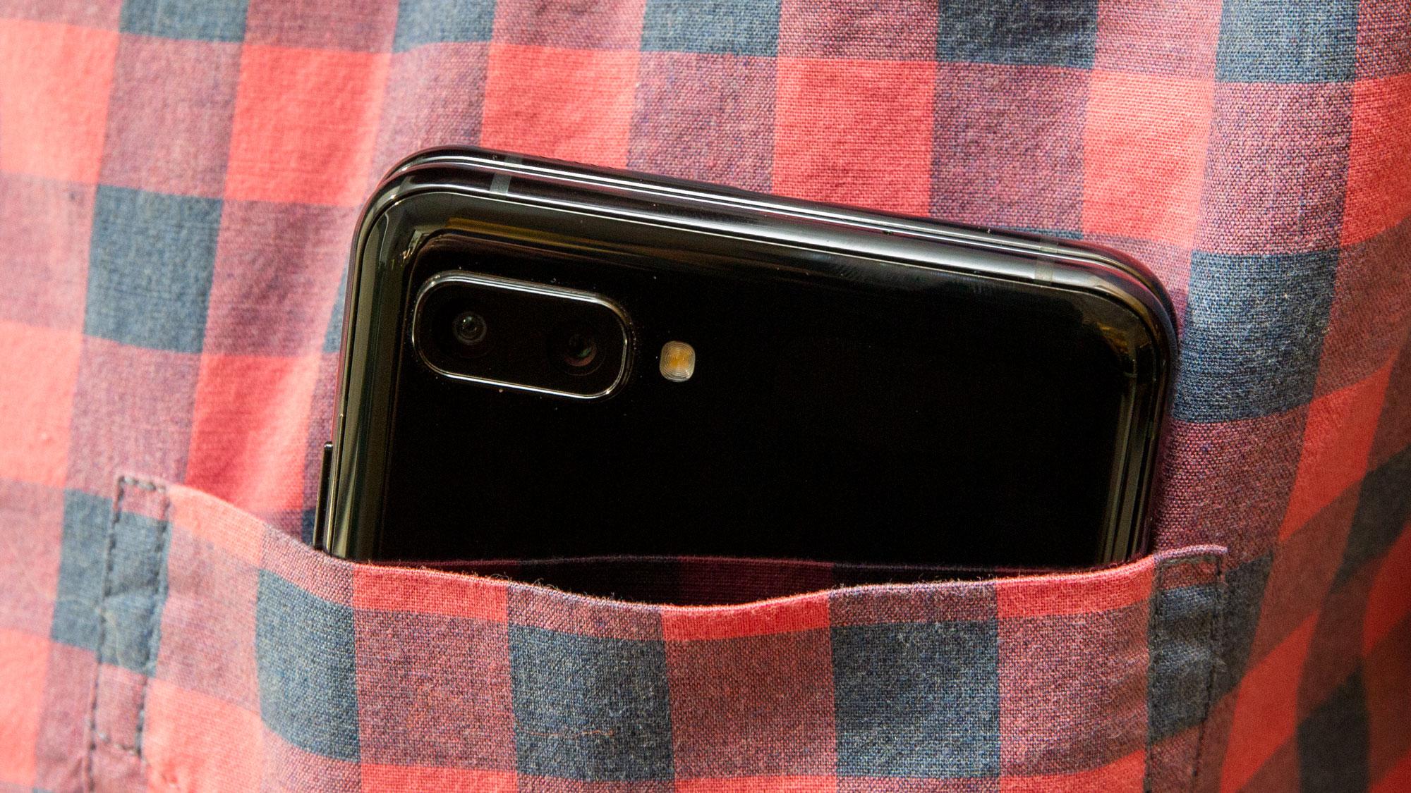 Galaxy Z Flip'in 10 MP kamerası