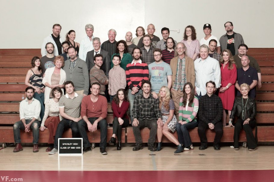 Freaks And Geeks Cast Reunites For A Class Photo #24839