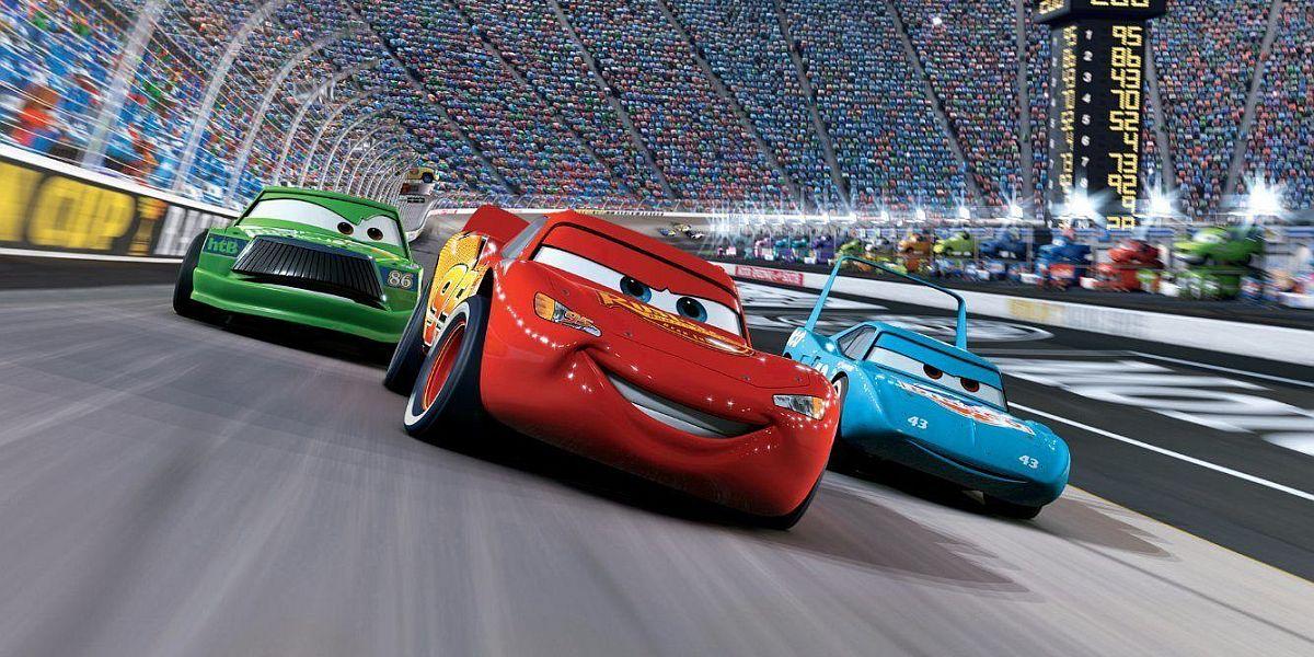Lightning McQeen racing in Cars