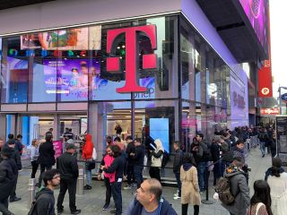 This launch line belongs to the OnePlus 7 Pro, not a new Apple iPhone