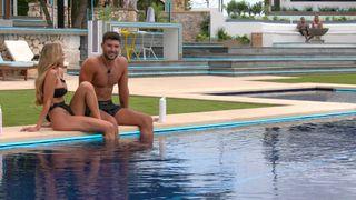 AJ and Liam Love Island UK 2021.