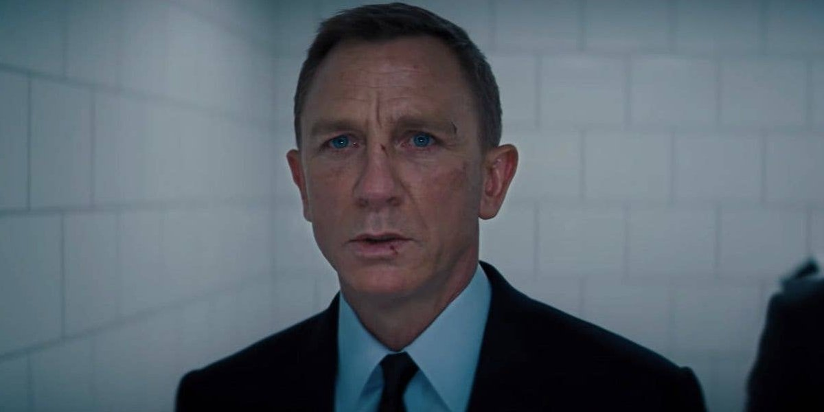 Daniel Craig looks on with really sad eyes in No Time To Die.
