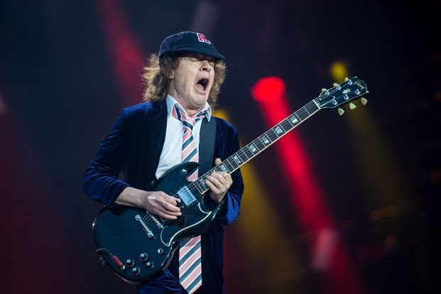 ac dc tech shows off angus young 39 s guitars and amps. Black Bedroom Furniture Sets. Home Design Ideas