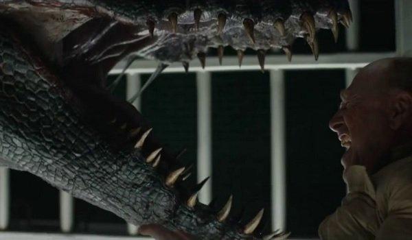 Jurassic World: Fallen Kingdom Ted Levine Indoraptor roars at Wheatley