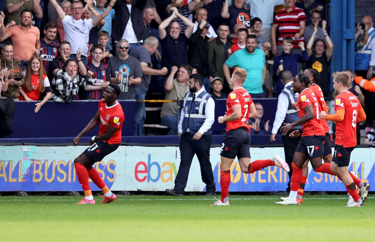 Swansea pull off stunning comeback from three goals down to draw at Luton