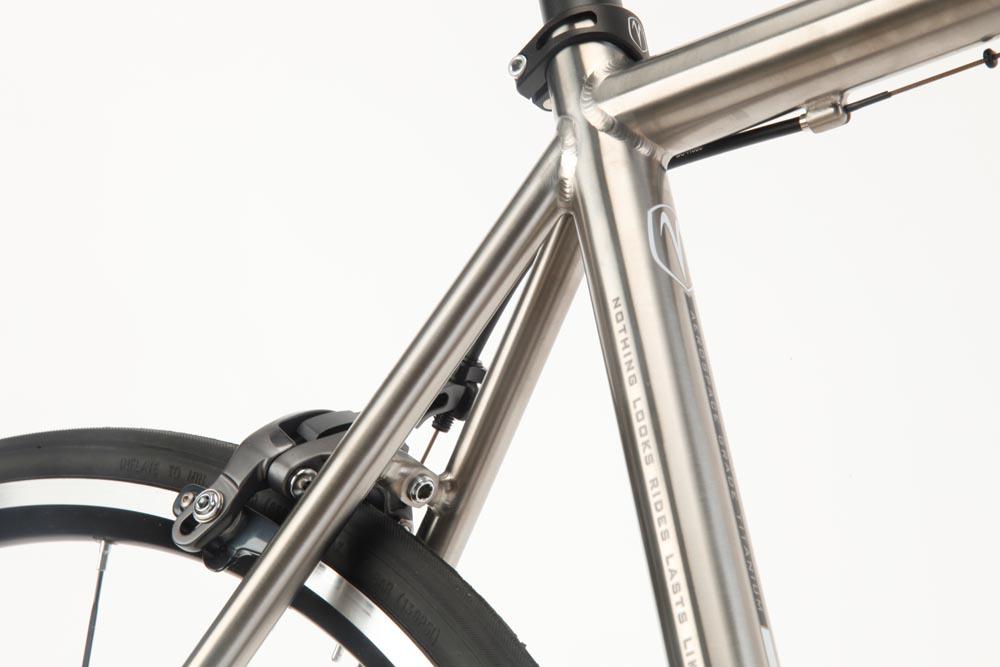 f833646d347 Van Nicholas Ventus SE review - Cycling Weekly