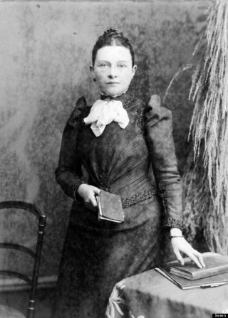 "Lizzie Williams, implicated as a suspect in the Whitechapel murders in John Morris's book ""Jack The Ripper: The Hand Of A Woman."""