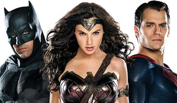 5 Cool Secrets To Look For In The Batman v Superman Superhero Costumes