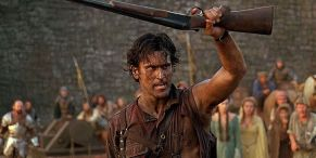 Why Evil Dead's Ash Is So Ripped In Army Of Darkness Poster, According To Non-Ripped Bruce Campbell