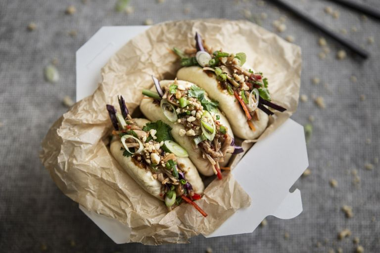 vegan bao buns with hoisin jackfruit
