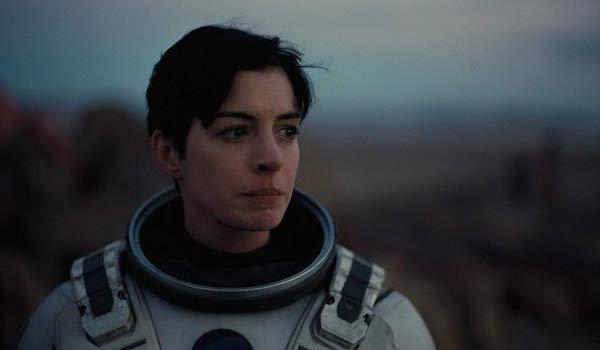 Anne Hathaway di Interstellar