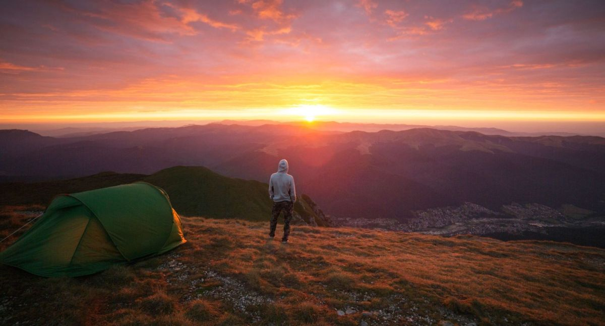 Top backpacking hacks: 12 smart tips to make your trip go more smoothly