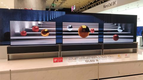 Hands on: LG Signature Series OLED TV R (65R9 rollable