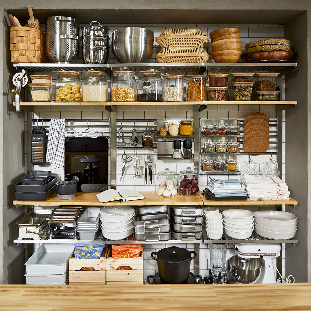 How to organize kitchen cabinets – 15 tips to declutter your cupboards