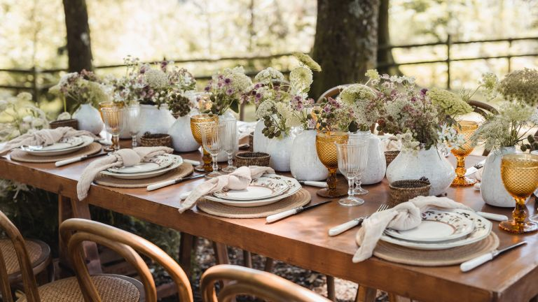 garden party ideas rustic table setting with flowers