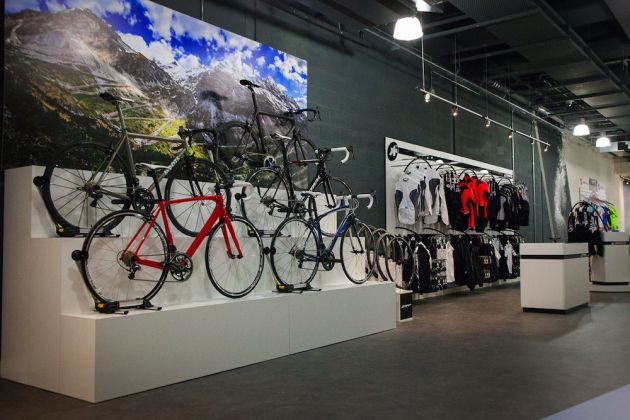 Bespoke opens new flagship London store - Cycling Weekly ae7bbfe09