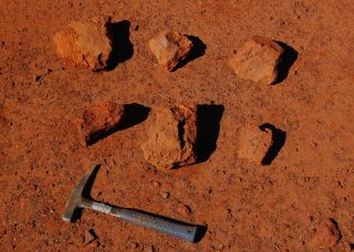clay excavated from iron age shows earth's magnetic field