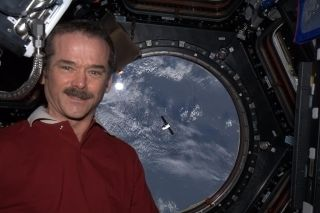 Chris Hadfield and Dragon