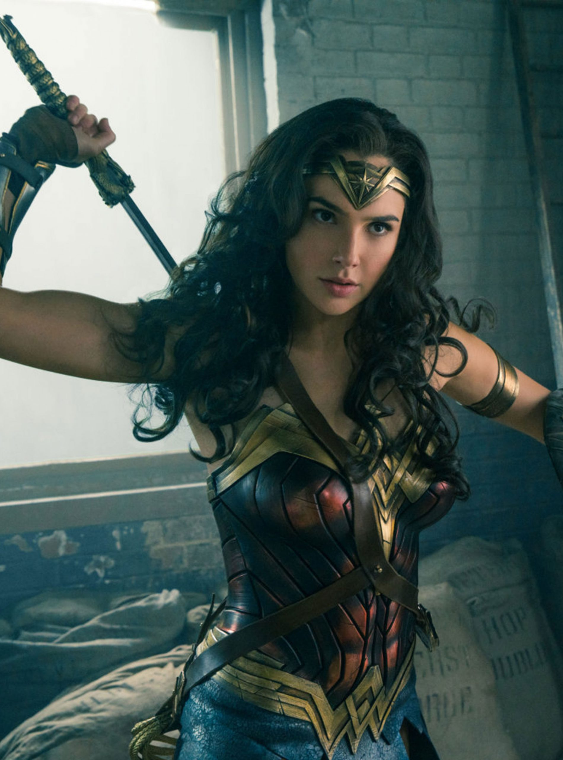 New Wonder Woman Why You Need To See The Movie That S Breaking Records Woman Home