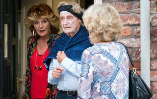 Coronation Street spoilers: Claudia Colby come to Ken's rescue