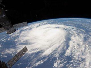 hurricane-katia-110902-02