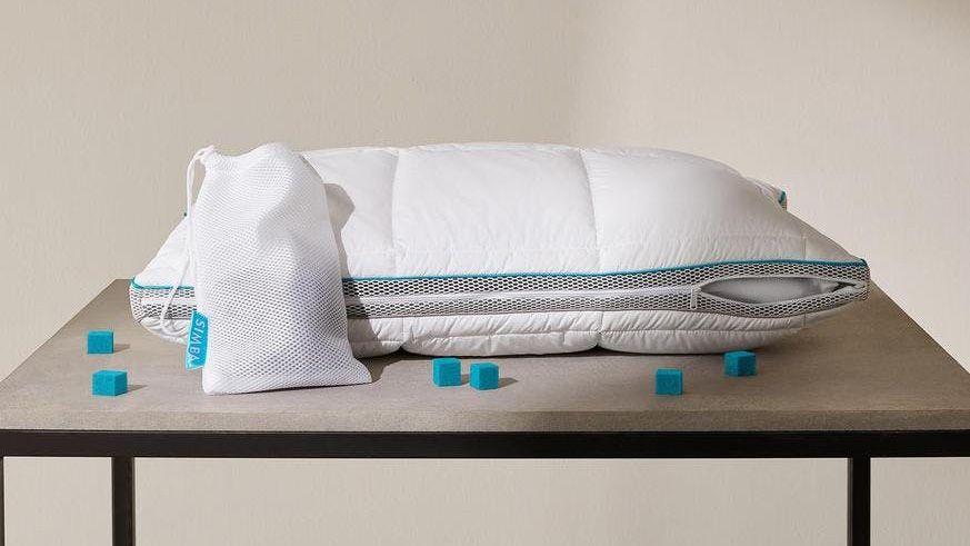 Simba's Hybrid pillow uses astronaut