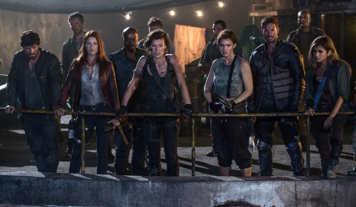 Resident Evil: The Final Chapter Alice and her survivors stand together