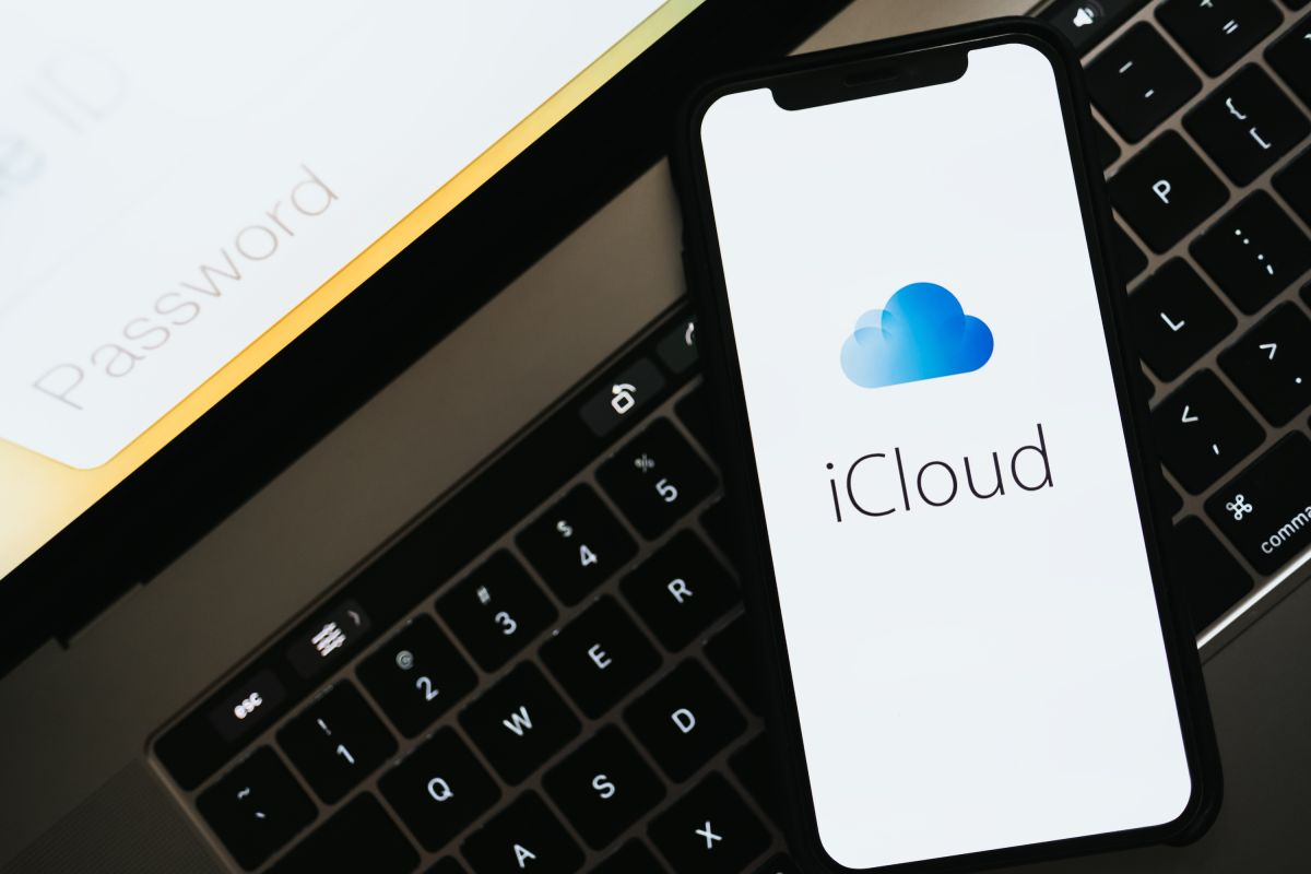 iCloud syncing killed my cell phone data — here's how I fought back