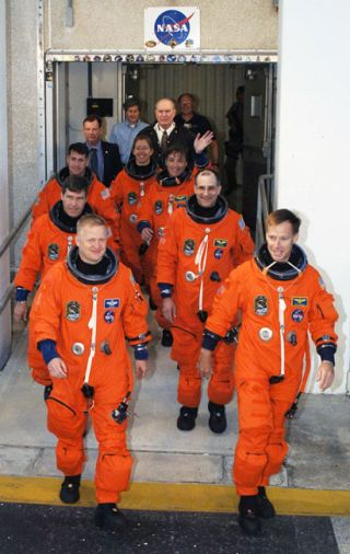 Shuttle Astronauts Practice Escape Drill for Launch