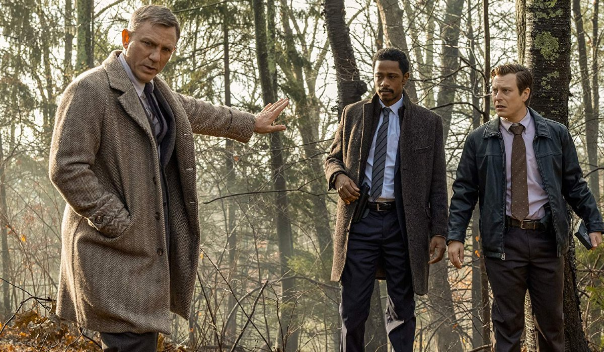 Knives Out Daniel Craig warns Lakeith Stanfield and Noah Segan to stay back in the woods