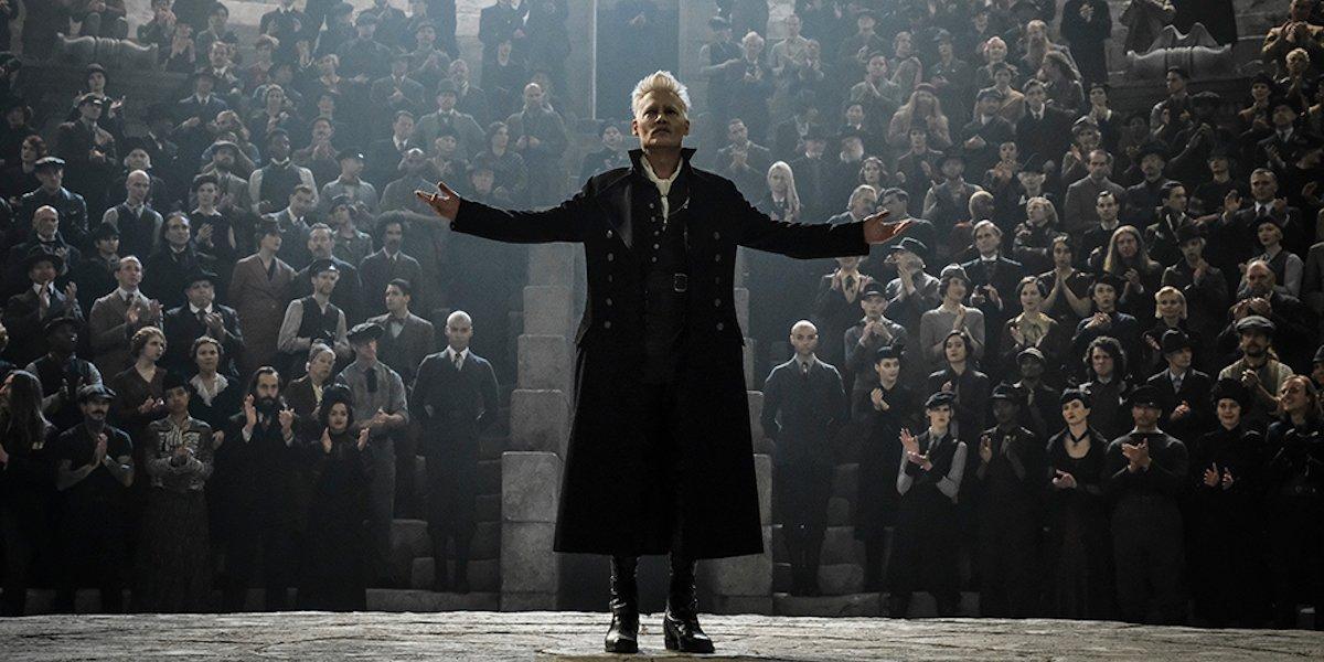 Johnny Depp in Fantastic Beasts: Crimes of Grindelwald